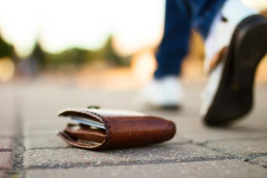 11_Hemsworth_s wallet returned by 17yo scout